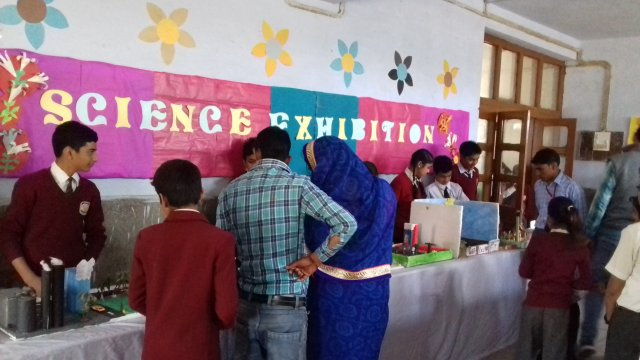 phoca_thumb_l_science exibition.jpg